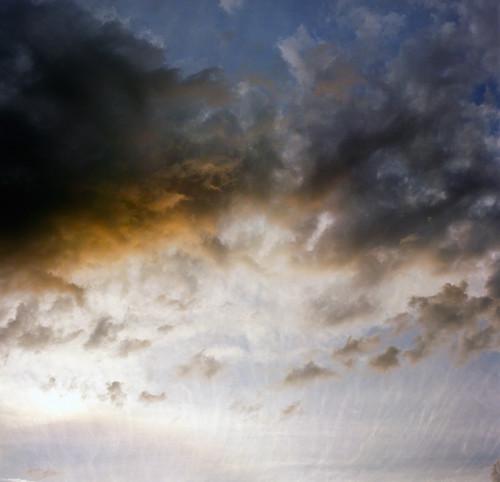 sunset 120 6x6 film oregon analog zeiss mediumformat square portland skies hasselblad pacificnorthwest hasselblad500c bluemooncamera