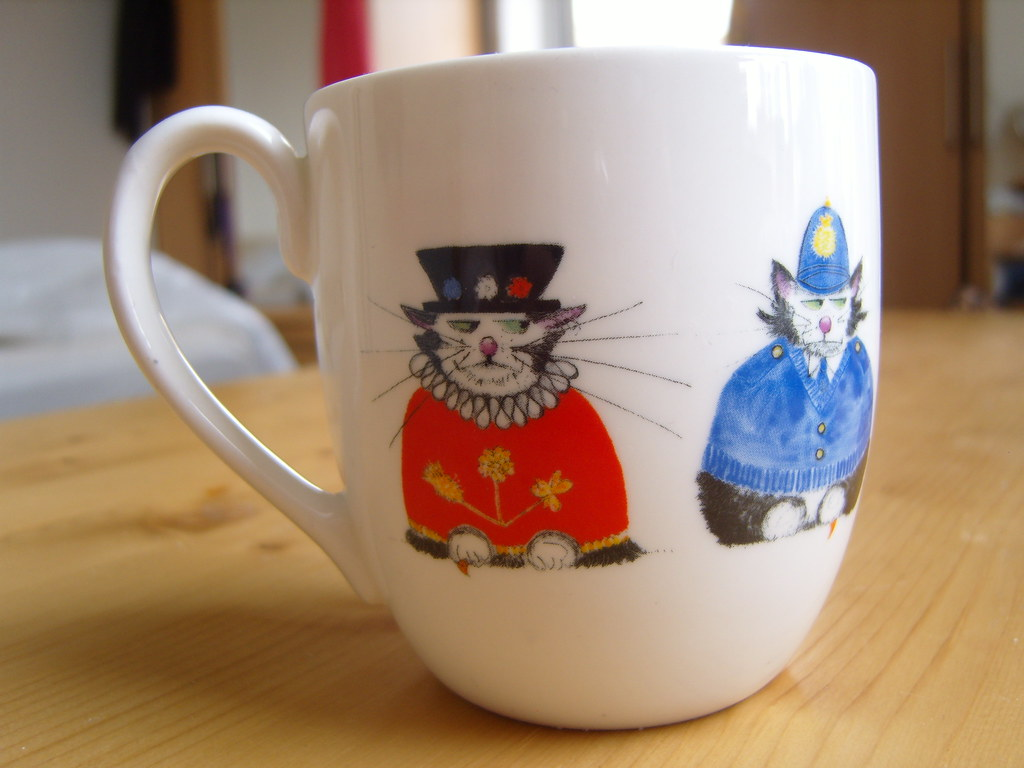 National Trust Cat Mug 1