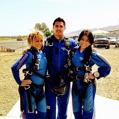 Started my Saturday with some skydiving!!