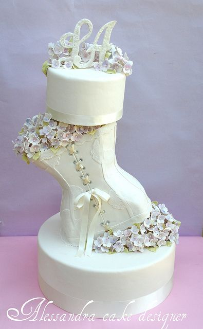 Wedding Cake by Alessandra Cake Designer