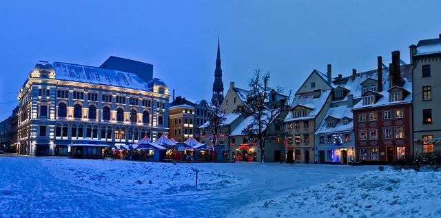 0339 - Latvia, Riga, Christmas Market HDR