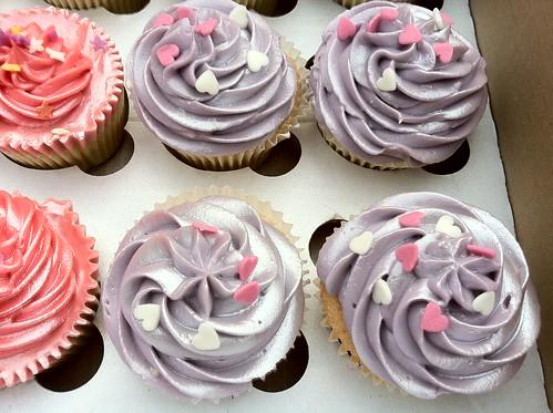 Cupcakes for Matt & Diren 6 - Vanilla cupcakes