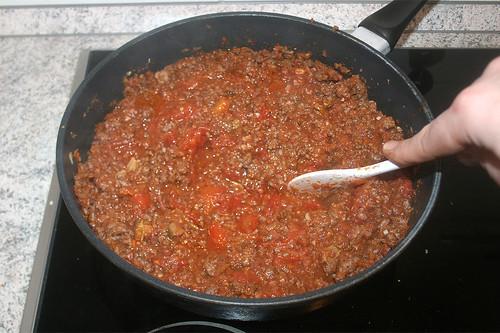 48 - Tomaten zerkleinern / Mince tomatoes