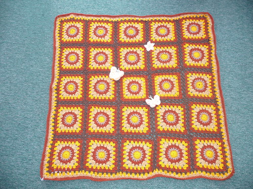 Liz thank you for making and donating this gorgeous Blanket.