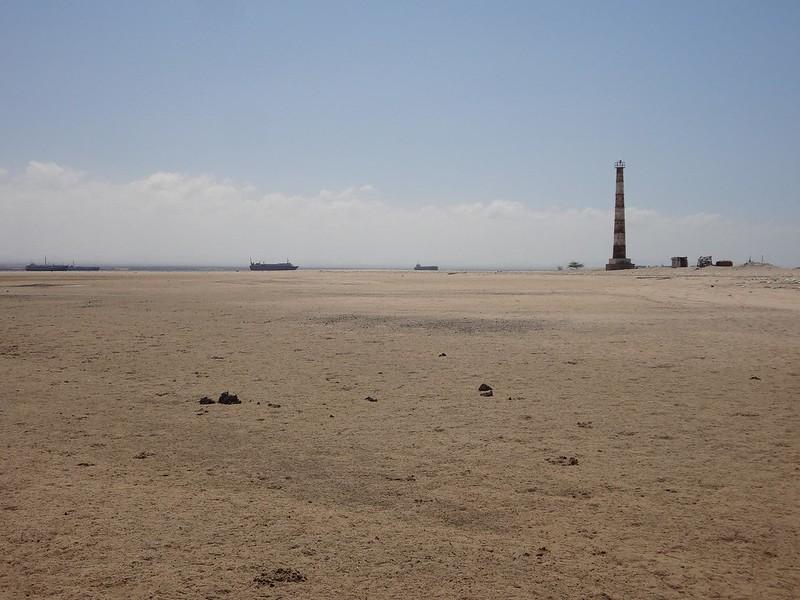 Praia do farol em Berbera