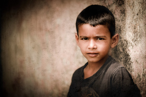 Portrait of a child by Bakya-www.bokilphotography.com