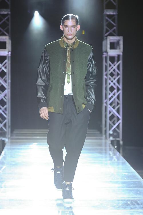 FW13 Tokyo yoshio kubo030_Henrry Evans(Fashion Press)