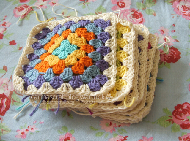 Crochet tutorial: joining granny squares 2
