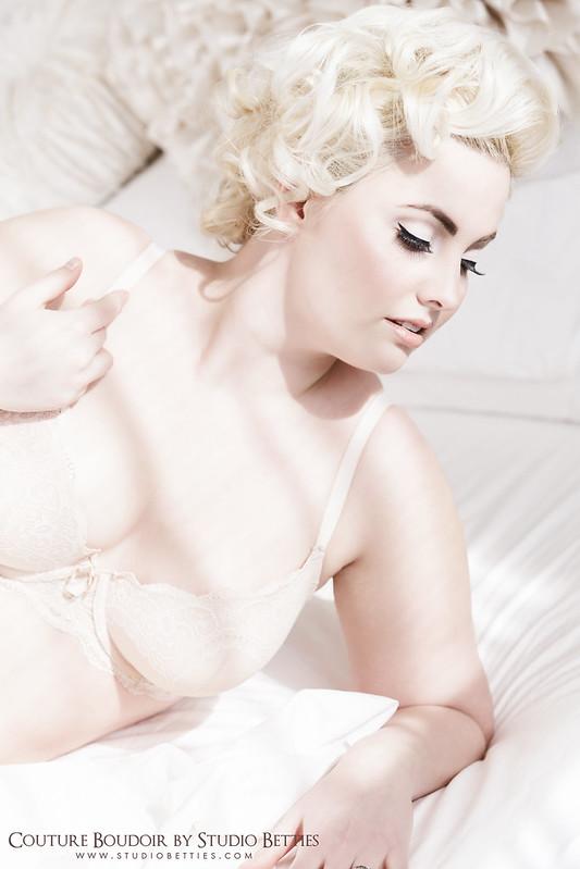 Marilyn Monroe Boudoir 2