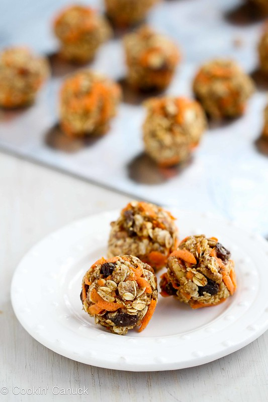 No-Bake Carrot Cake Granola Bites Recipe {Low Sugar} #recipe #snack #healthy