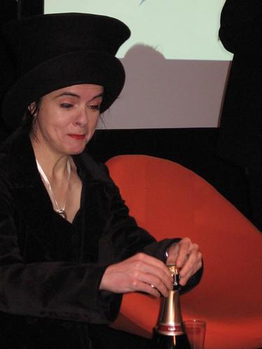 Amélie Nothomb fait péter le champagne