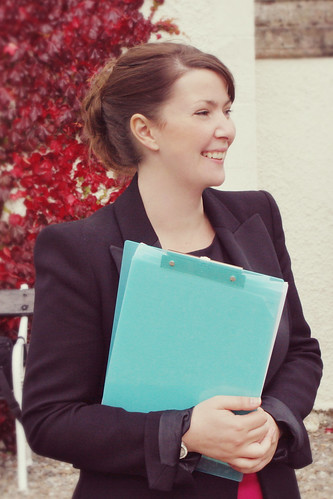 Louise at a wedding with trusty clipboard!