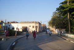Vista hacia el comienzo del reparto Centro, desde el Puente de la Cruz, que lo separa del reparto Capiro, Santa Clara, provincia Villa Clara, Cuba 2013