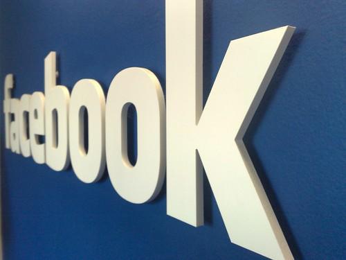 Publiek Centraal Facebook (logo)