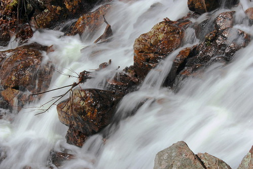 eau printemps rocher chutes filé