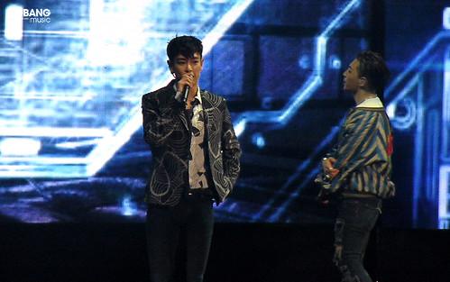 BBMusic-BIGBANG_FM_Beijing_Day3_2016-07-17_51
