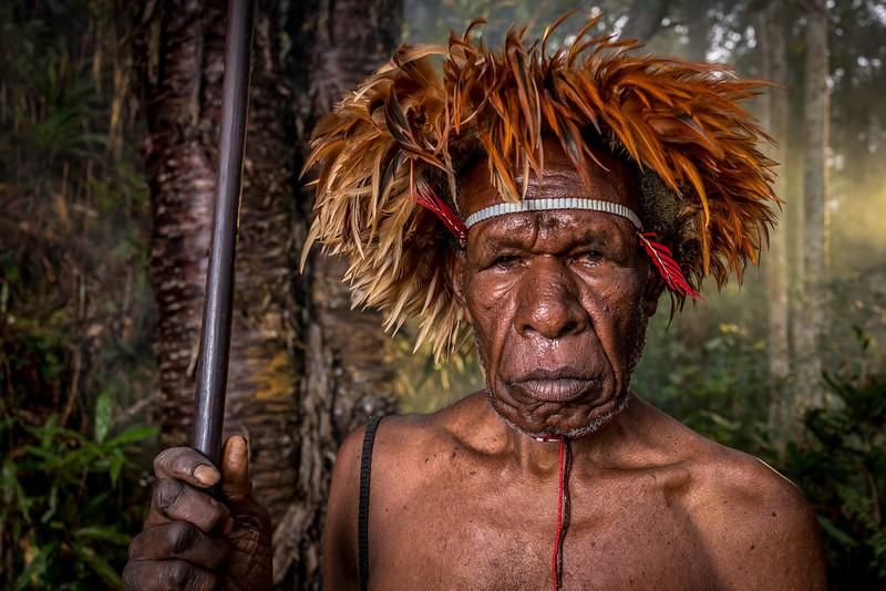 W A M E N A Papua Indonesia T E H H A N L I N
