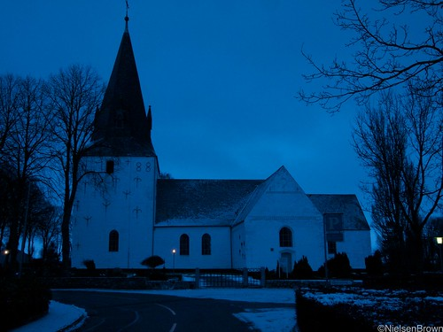 Early morning Rise Kirke