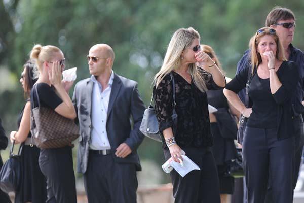 Funeral Novia Pistorius (2)