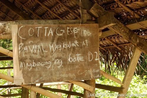 Cottages at 100 Pesos at Cabcaben River