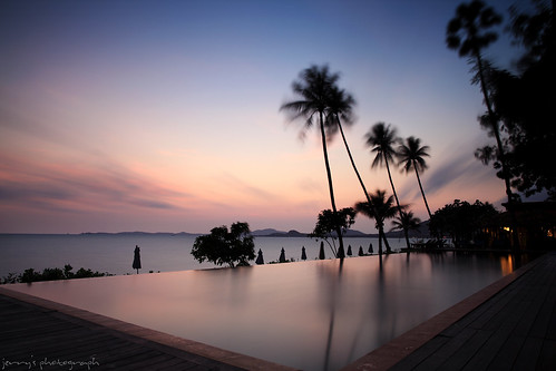 ocean sea sky cloud holiday seascape beach water pool sunrise relax thailand eos dawn quiet swimmingpool kohsamui coconuttree relaxation 旅行 tranquil waterpool 日出 bwfilter 泰国 海景 travelspot maenambeach 泳池 苏梅岛 5d2 ef24mml 摄影发烧友 flickrtravelaward gettychinaq4 湄南海滩
