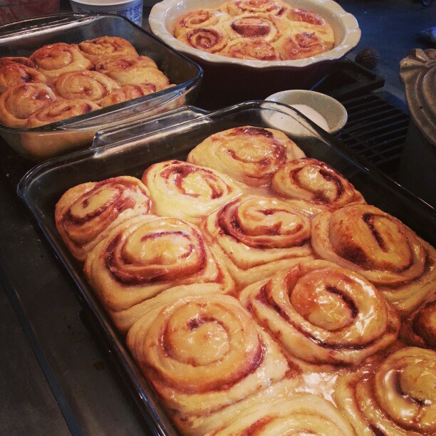 #breakfast #sourdough #cinnamonrolls