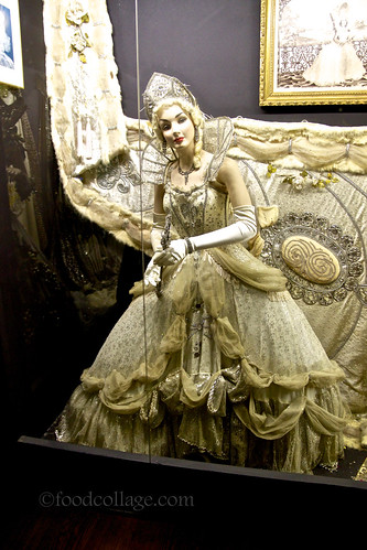 Costume display at Arnaud's (New Orleans)