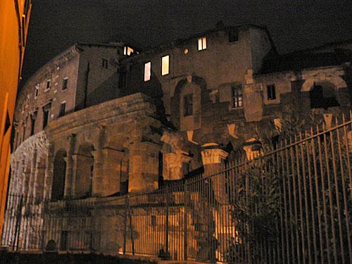 théâtre marcellus.jpg