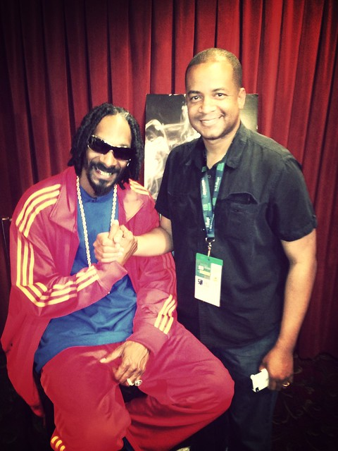 . @SnoopDogg @SnoopLion asked me if I remember the first time I interviewed him. That would be for a 1993 cover story for 2 Hype magazine. #tbt #reincarnated #sxsw