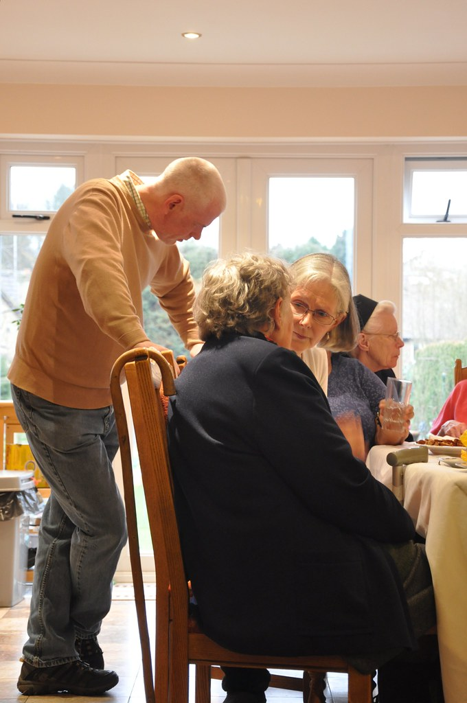 Palmer's Green - Contact the Elderly & Caritas, Diocese of Westminster