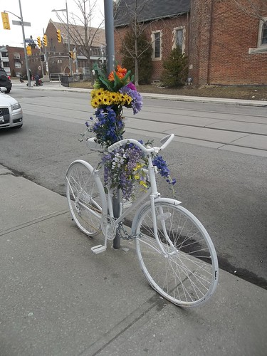A ghost bike on Wychwood Avenue