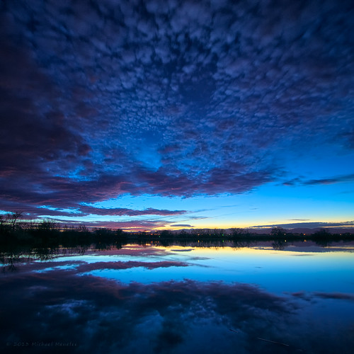 blue sunset panorama lake reflection nature skyscape square landscape evening nikon colorado dusk fortcollins co bluehour frontrange cloudscape squarecrop larimer d300 clff arapahobend vertorama arapahoebendnaturalarea