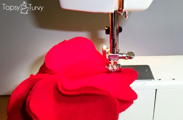 bulky-flower-hearts-felt-sewing-together