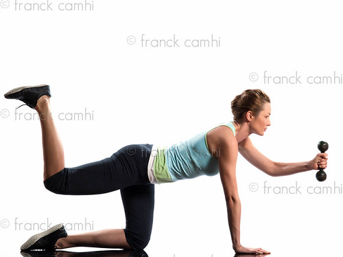 woman weight training Worrkout Posture