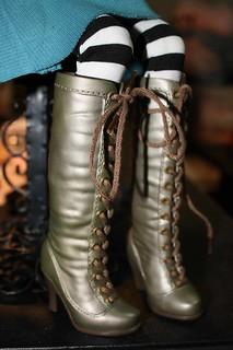 lorifina boots