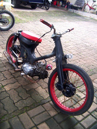 Choopy Astrea star by Axial Showroom