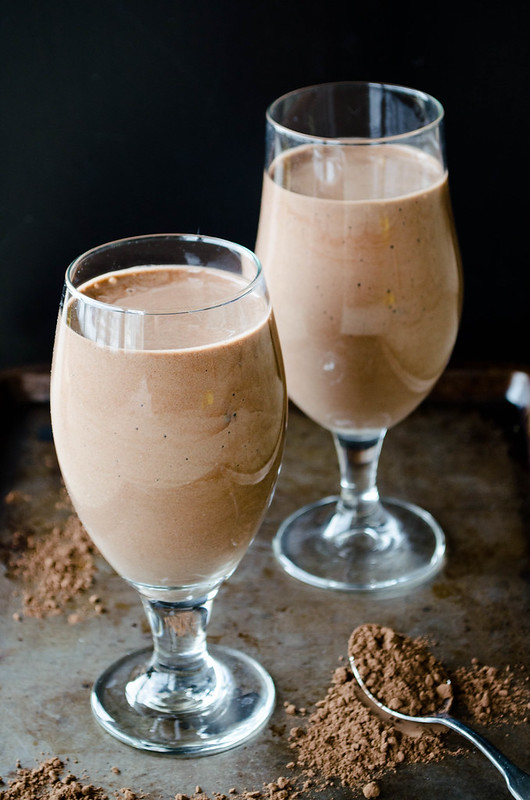 cacao banana smoothie-healthy summer smoothie recipes