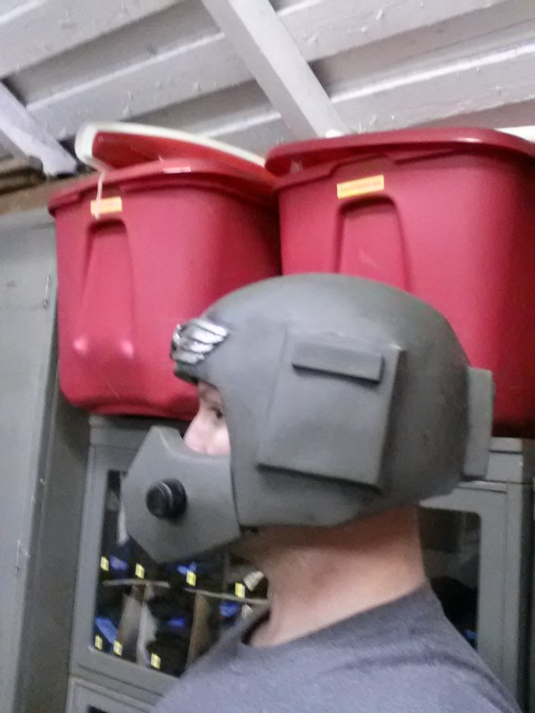 Cadian Guardsman Helmet with Hostile Environment Mask