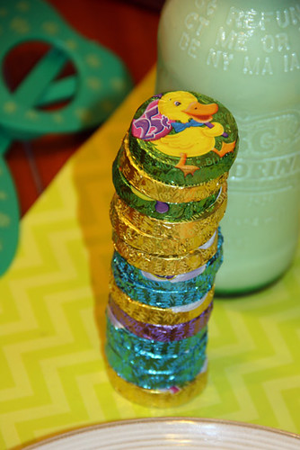 Coins_Stacked-on-Table