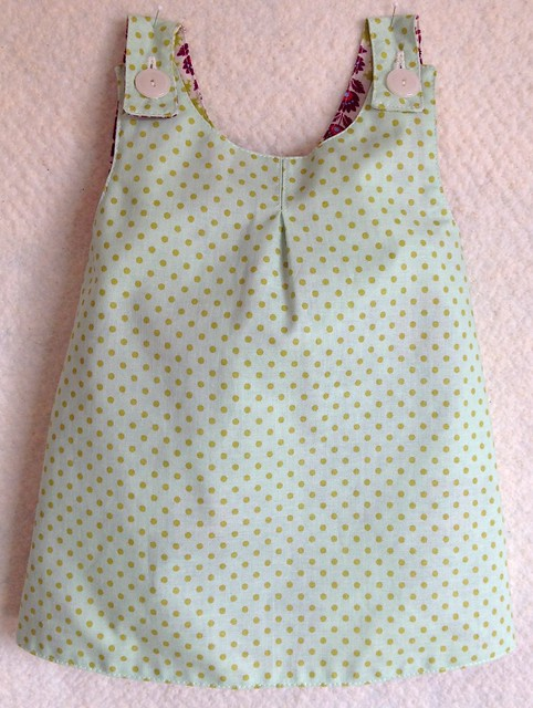 Roly Poly Pinafore, side 1