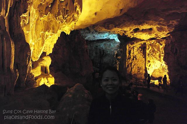 sung cot cave halong bay 4