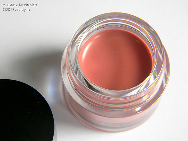 Губная помада краска inglot