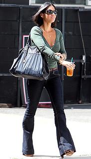 Oliva Munn Flared Jeans Celebrity Style Women's Fashion