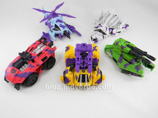 Transformers Bruticus G2 Fall of Cybertron - modo alterno Combaticons