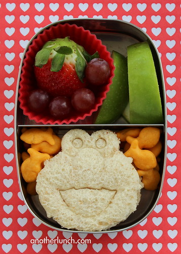 Elmo Sandwich preschool lunch in a Lunchbots Pico snack box