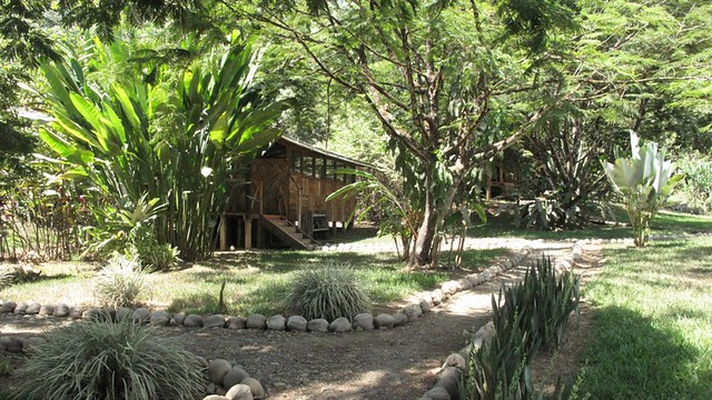 El Chontal grounds and bungalow