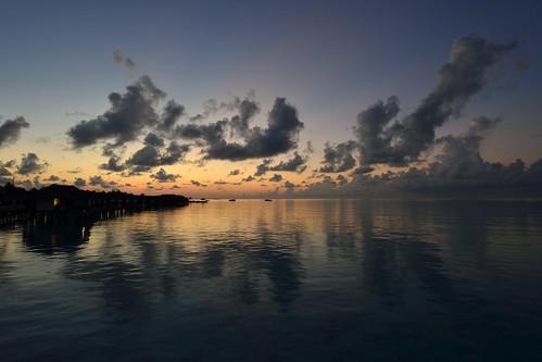 travel sunrise nikon tripod fx maldives velassaru d800e