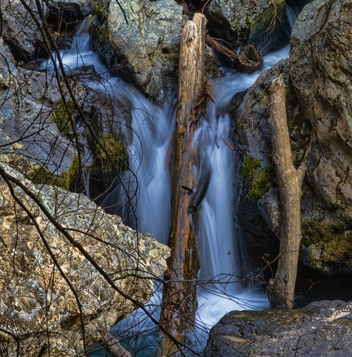 longexposure winter northerncalifornia creek humbug nevadacounty sierranevadarange canon70200mm28l malakoffdiggins sierranevadafoothills cascadingwater cacade humbugcreek canon7d lightroom4 topazsw