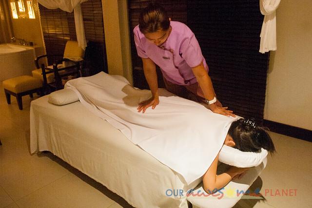Taal Vista Hotel-72.jpg