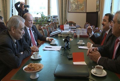 Russian Communist Party leader Gennady Zoganov met with Syrian diplomats in Moscow. The leader denounced the decision by imperialist states to increase funding for rebels fighting the government in Damascus. by Pan-African News Wire File Photos